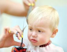 Ребенок в парикмахерской