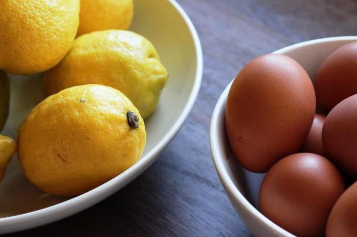 Лимон и скорлупа