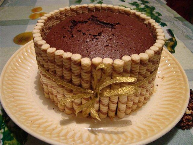 Украшение торта печеньем