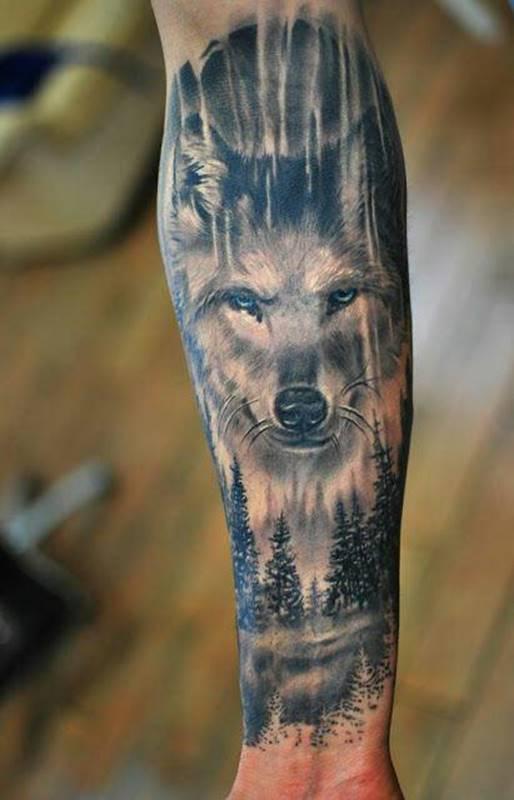 Изображение волка на предплечье