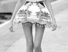Женские худые ноги