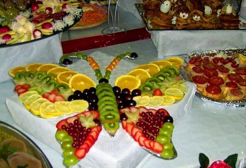 Детское украшение салата в виде бабочки