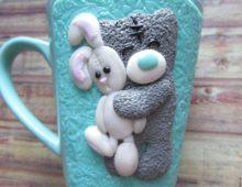 Милый мишка на кружке
