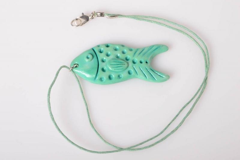 Рыбка как подвеска