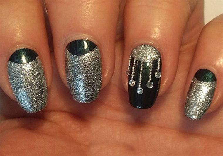черный и серебряный
