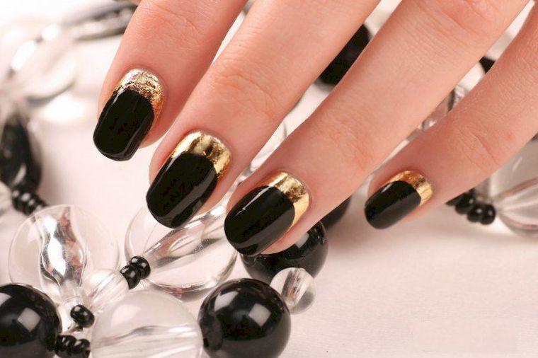черный с золотом
