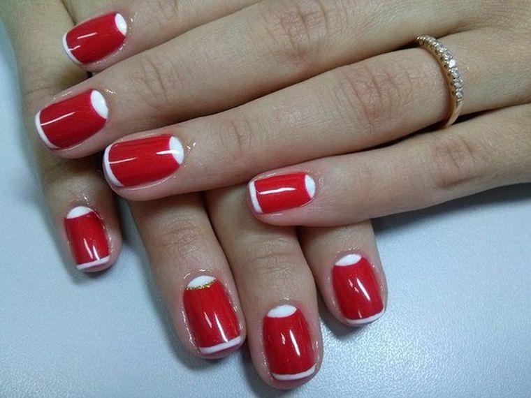 красно-белый