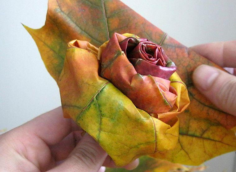 роза из клена