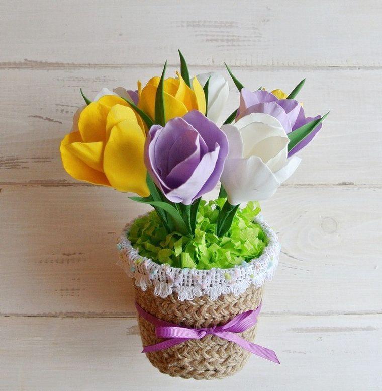 цветок в горшке