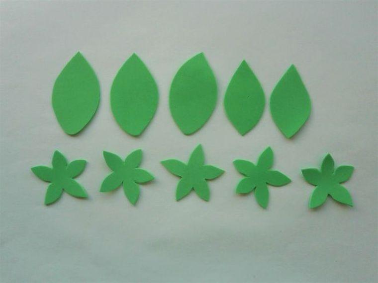 зеленые лепестки