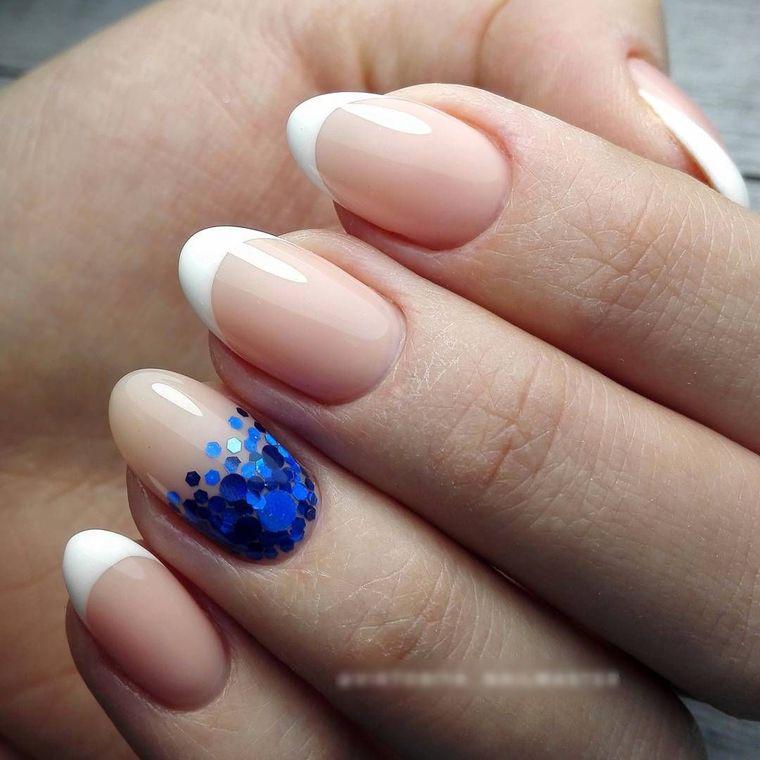 френч на овальных ногтях