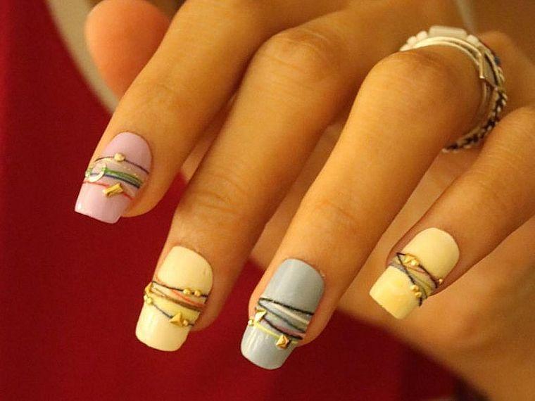 браслетики на ногтях