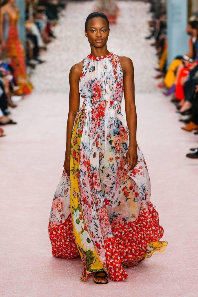 Цветное платье-сарафан